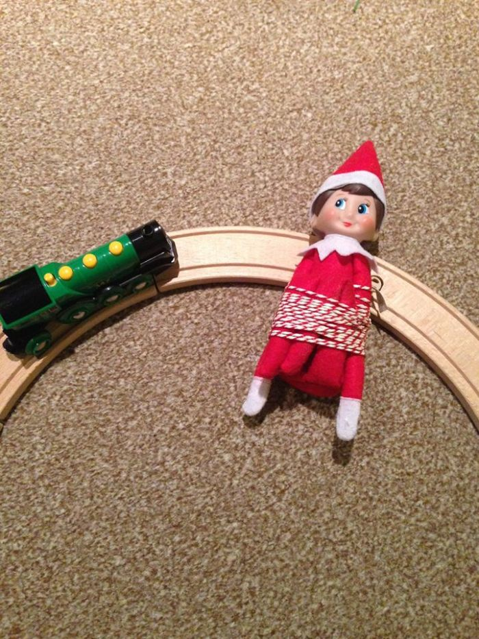 elf on the shelf day 16.jog