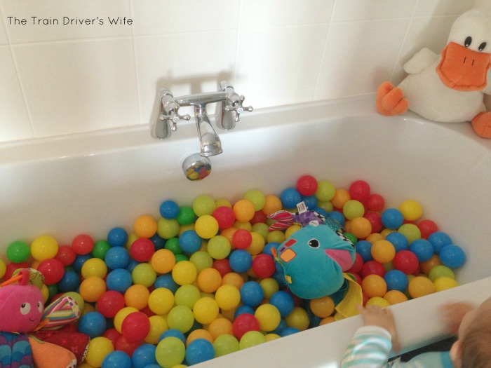 ball pool bath - 1 e
